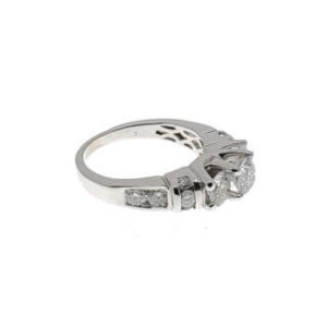 14 K 2.50ctw Diamond Ring