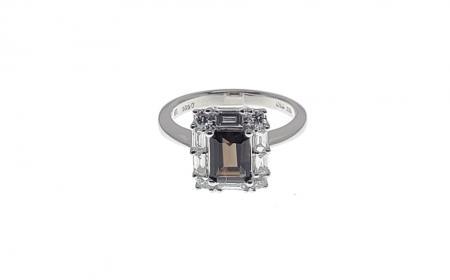 18K White Gold Smoky Quartz Fashion Ring