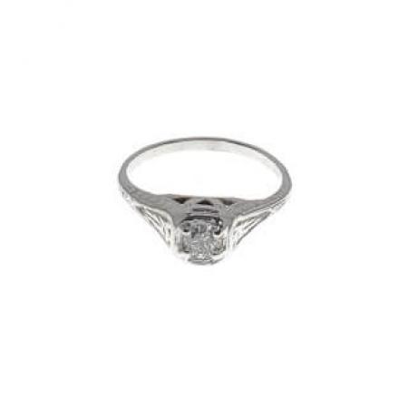 18k white gold antique diamond ring (1)